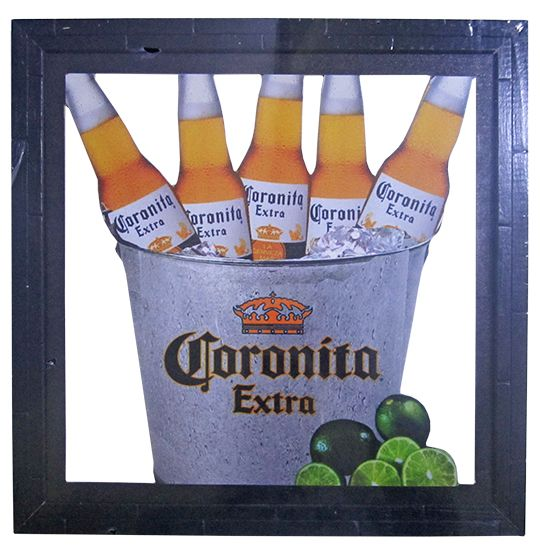 """Quadro Decorativo Vazado de Madeira """"Corona"""" 30x30 CM Ecomix"""