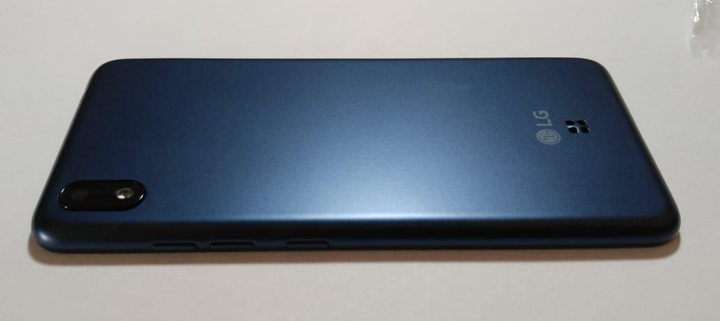 Carcaça Tampa Traseira Aro Lg K8+ Plus LM X120 com lente câmera original