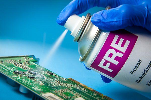 Congelante de circuitos Aerosol Spray Implastec para placas e eletrônicos Frasco 125ml