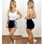Shorts Feminino aberto lateral com botões cintura alta