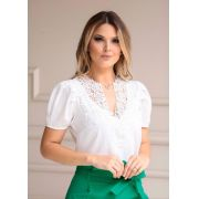Blusa Bianca Crepe Detalhe Guipir