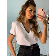 Blusa Layla Crepe Detalhe Retilinea