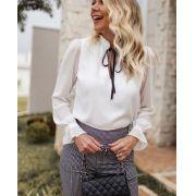 Blusa Leticia Crepe Detalhe Amarração em Veludo