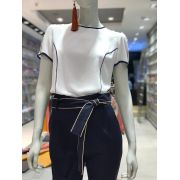 Blusa Lolita Crepe Bicolor Cores Off e Marinho