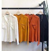 Camisa Helena Viscose Detalhe Botões Cores Off White, Mostarda, Preto e Terra Cota