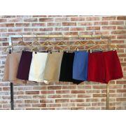 Shorts  Monica Alfaiataria    Cores Nude, Preto, Vermelho e Off  97% algodão e 3%elastano