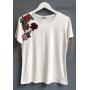 T-Shirt Lauane Detalhe Aplicação Bordado