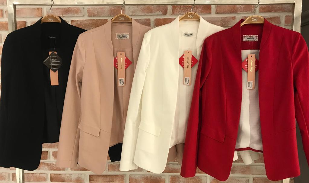 Blazer Fianco Coton Longo Cores Rose, Preto, Vermelho e Off