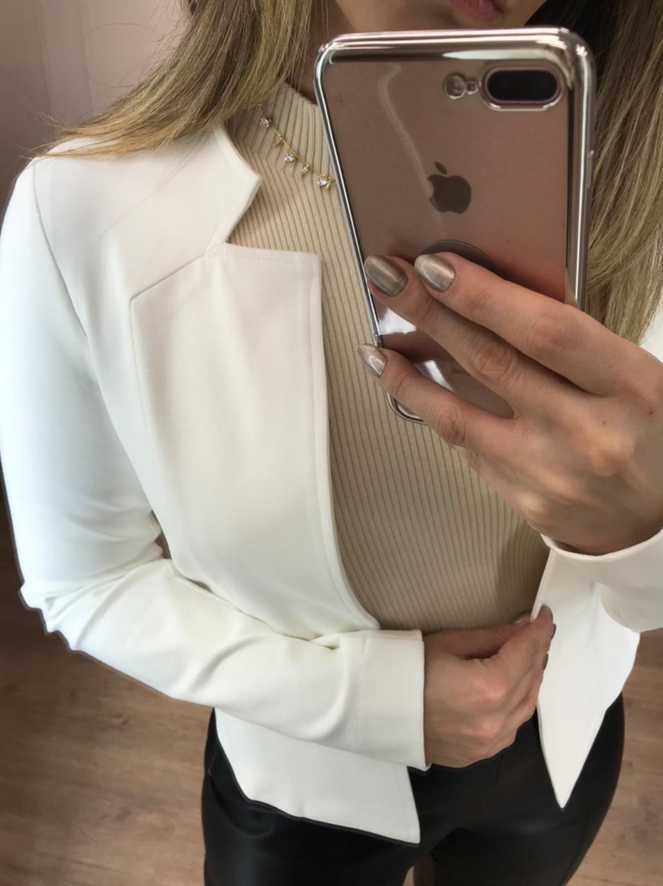 Blazer Monica Alfaiataria  (Forro) Detalhe Recortes Peplum Cintura 4% Elastano