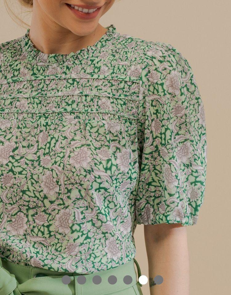 Blusa Ariane Crepe Estampa Floral Detalhe Lastex