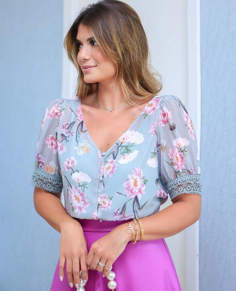 Blusa Ariane Crepe FLoral Com Punho Renda+Regata
