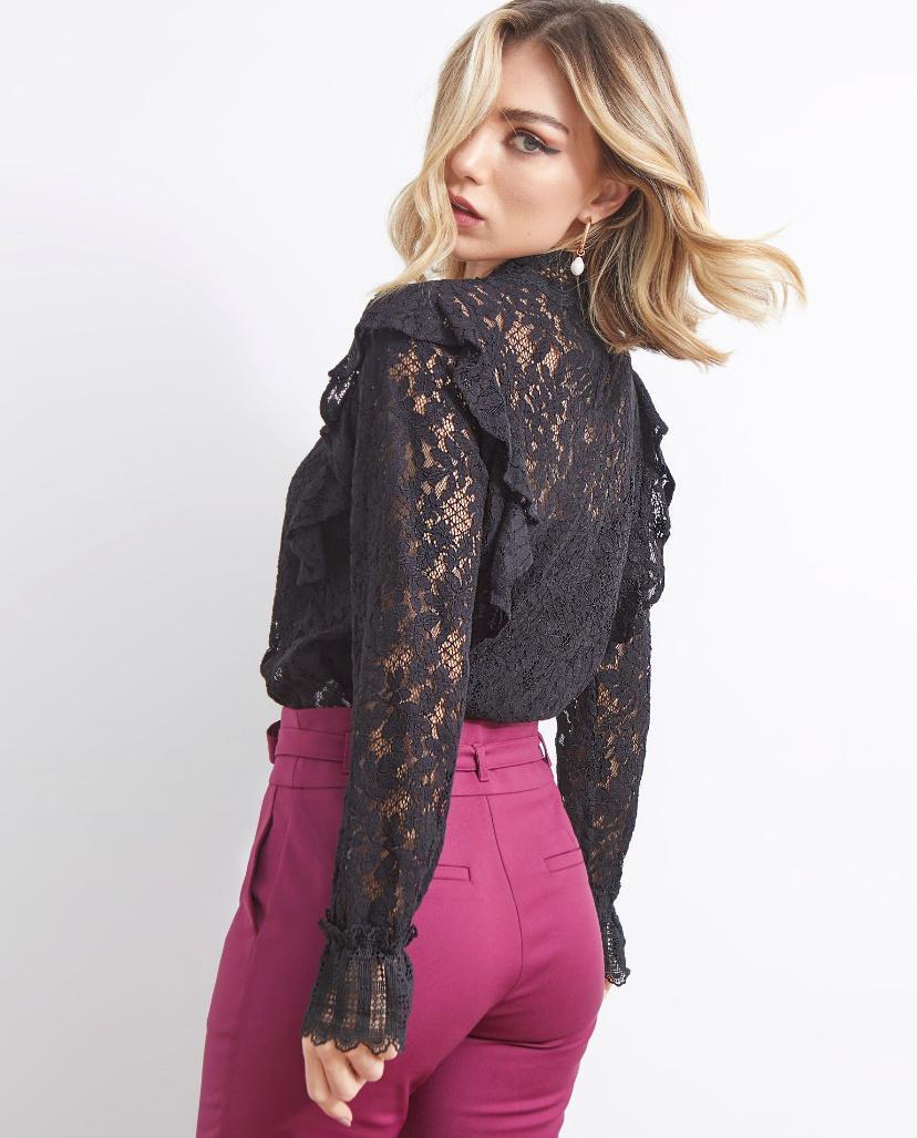 Blusa Ariane Guipir Detalhe em Renda