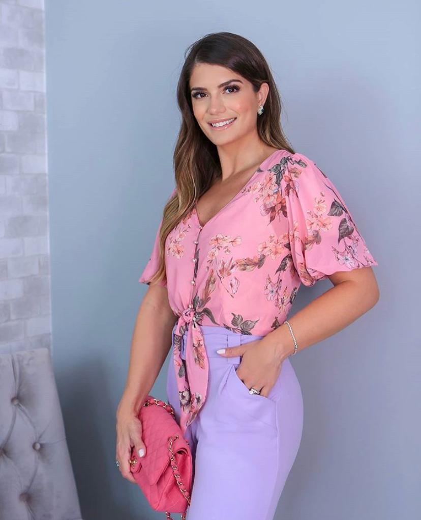 Blusa Ariane Top Cropped Floral Com Amarração