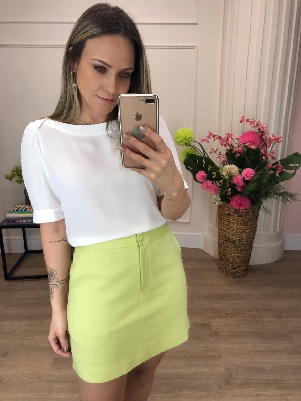 Blusa Caroline Crepe Decote Canoa Detalhe Transpasse Ombro