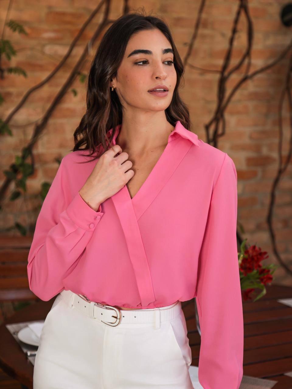 Blusa Celina Crepe Cropped Transpassado Detalhe Elástico Barra