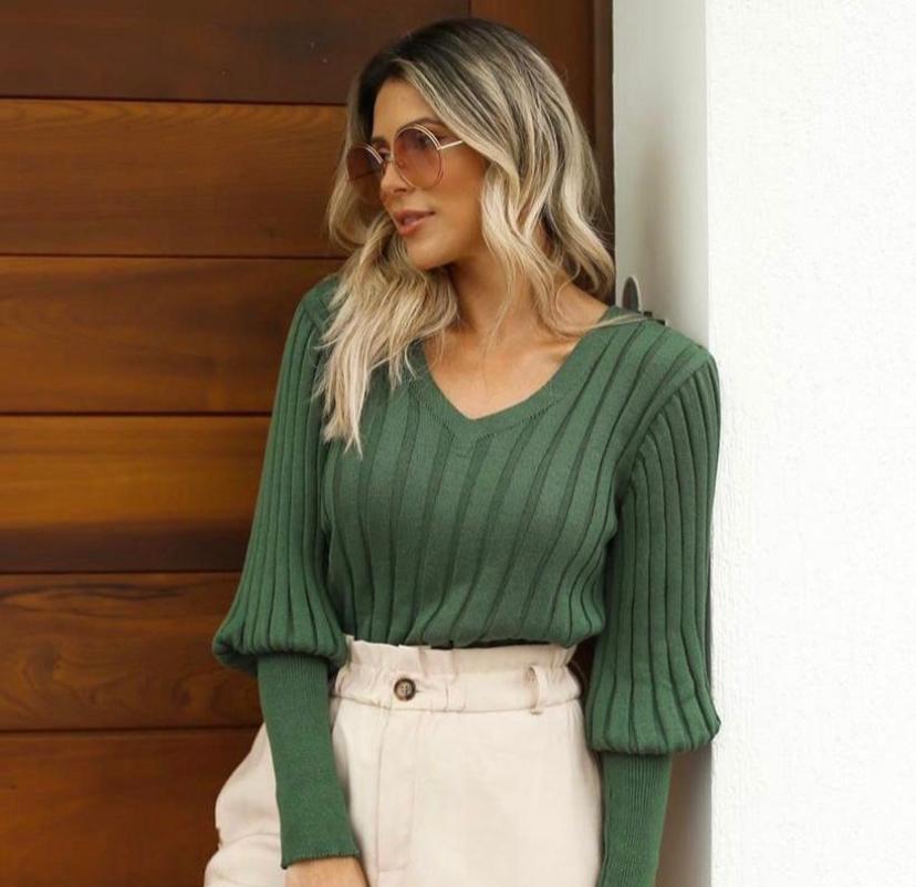 Blusa Fabiola Tricot Detalhe Decote V Punho Alongado
