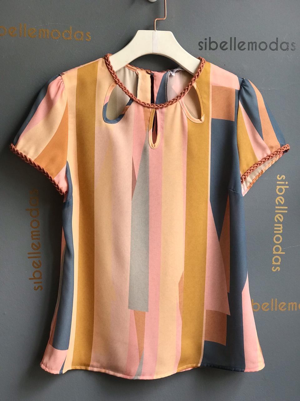 Blusa Fatima Crepe Modelo  Gota Cordão Trançado