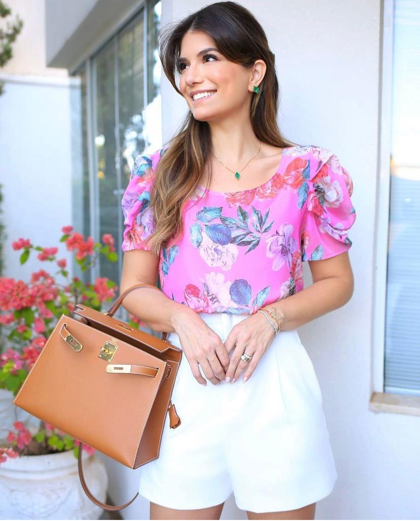 Blusa Flavia Crepe Floral Detalhe Pregas + Regata