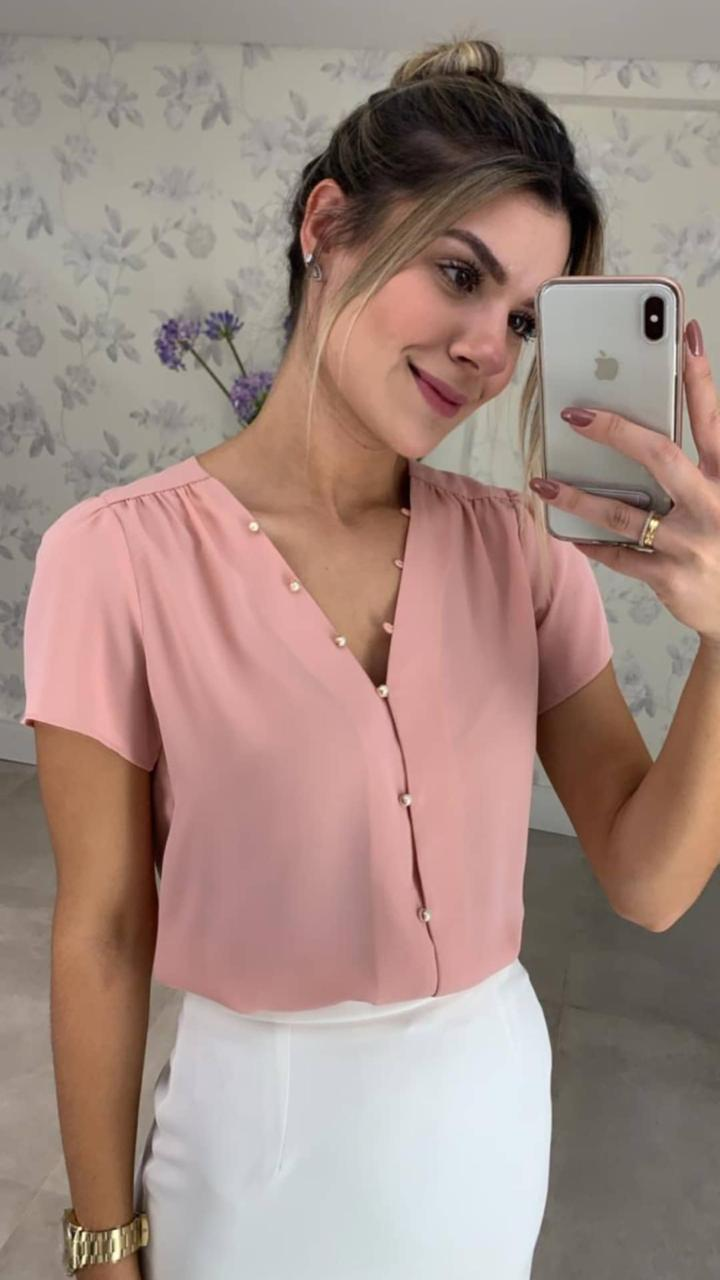 Blusa  Julia com botões perolados (abertura frente)