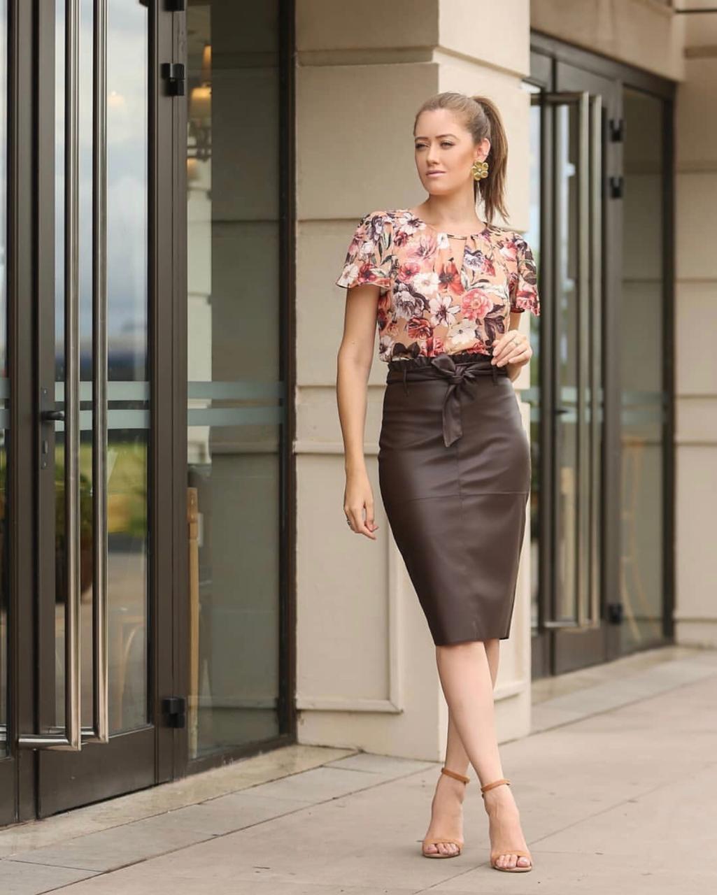 Blusa Julie Crepe Floral Rose
