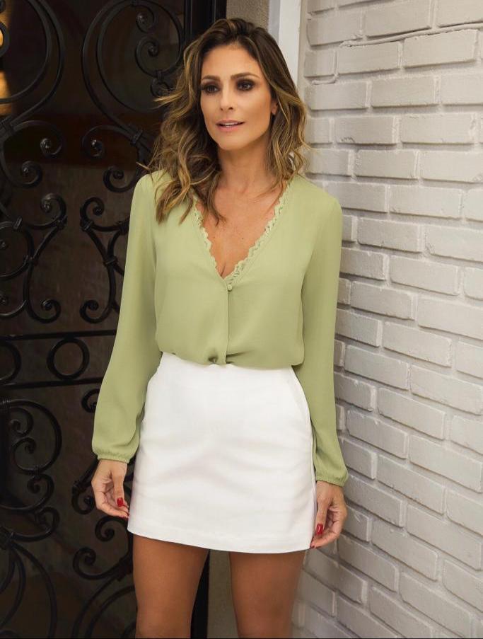 Blusa Julie Crepe Transpasse + Top Renda Cores Verde, Preto e Areia