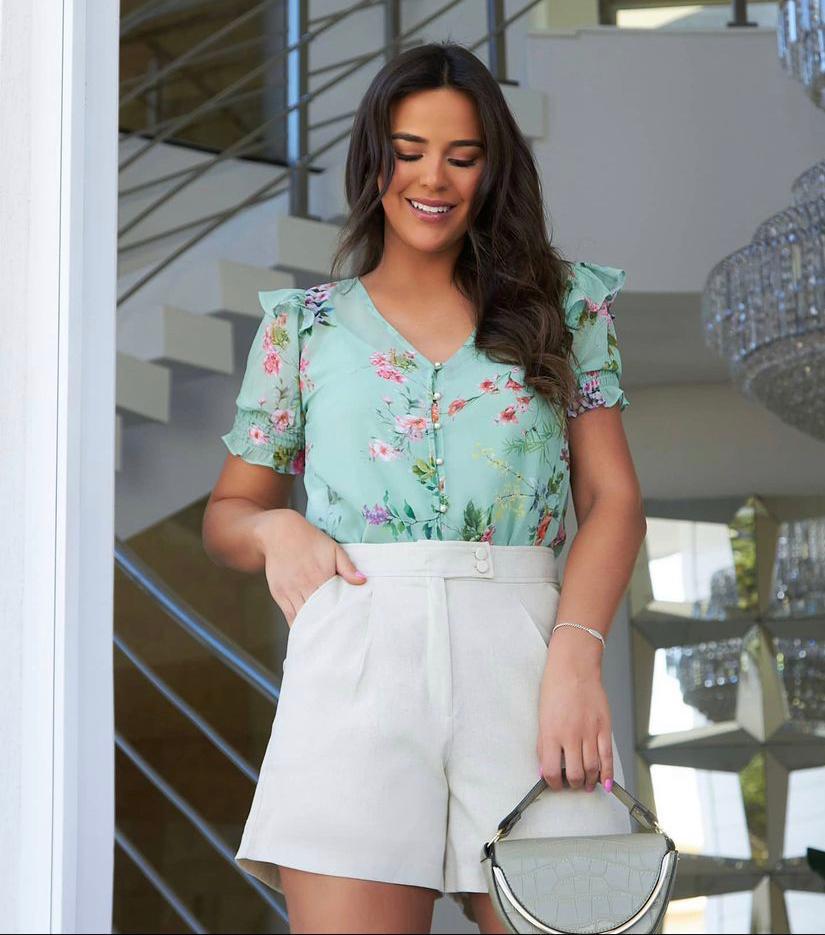 Blusa Laura Chiffon Floral Detalhe Botões Babados Ombro + Regata
