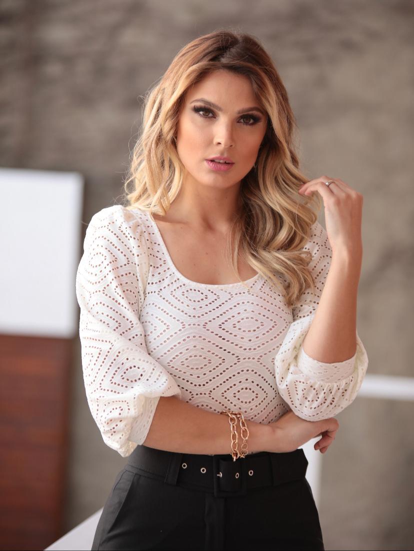 Blusa Liliane Malha Bordada