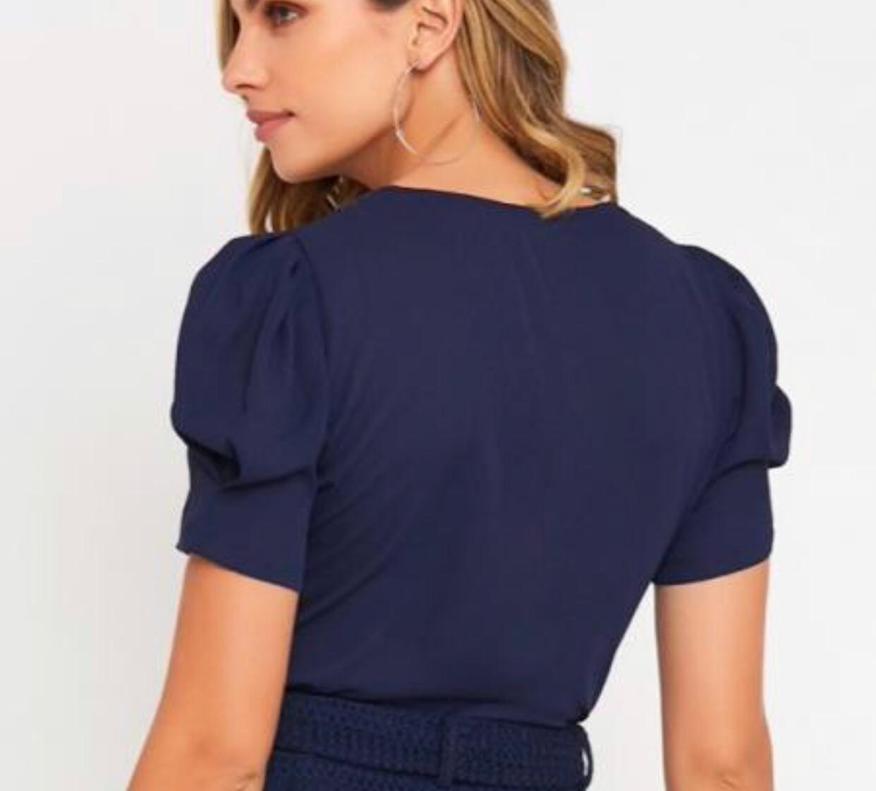 Blusa Luana Crepe Renda no Decote