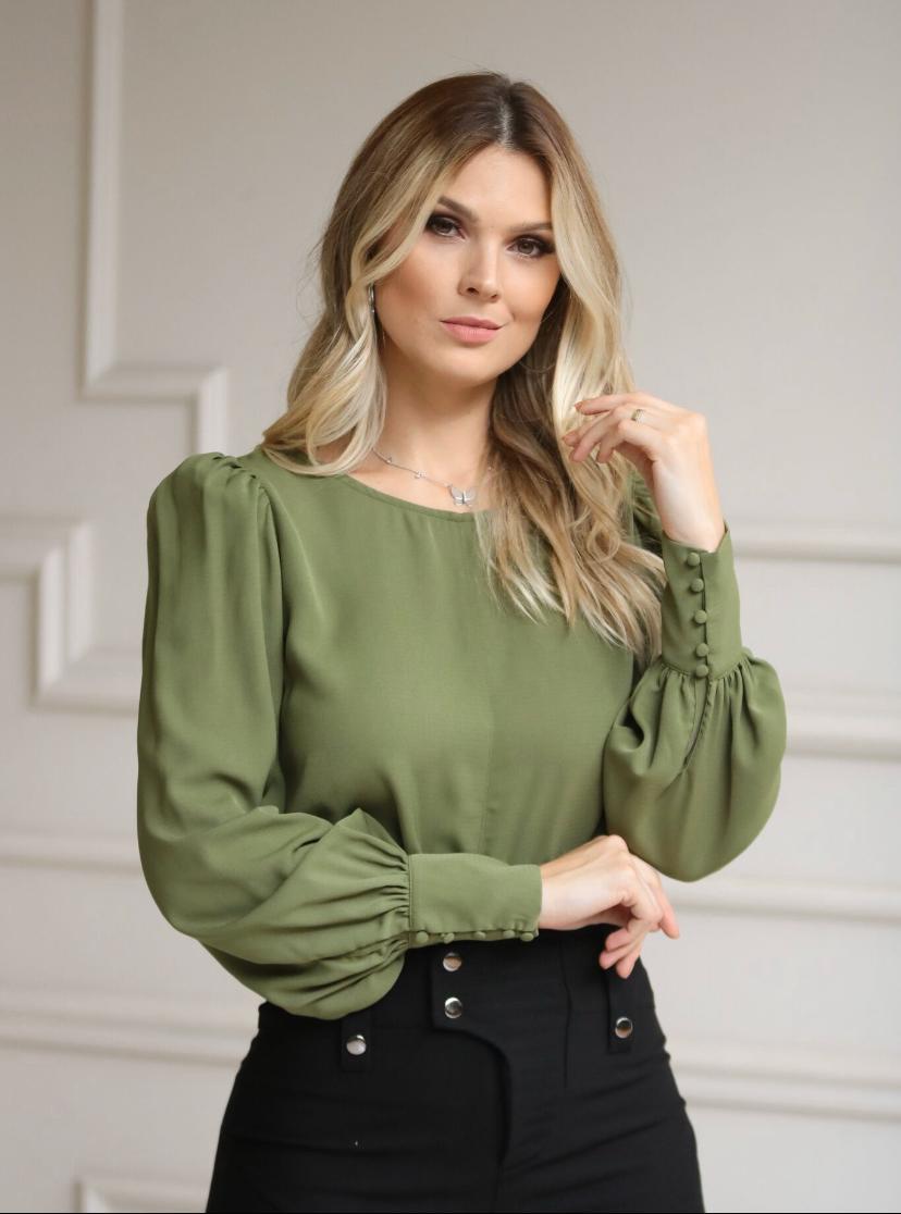 Blusa Marilia Crepe MG Longa Punho Botões