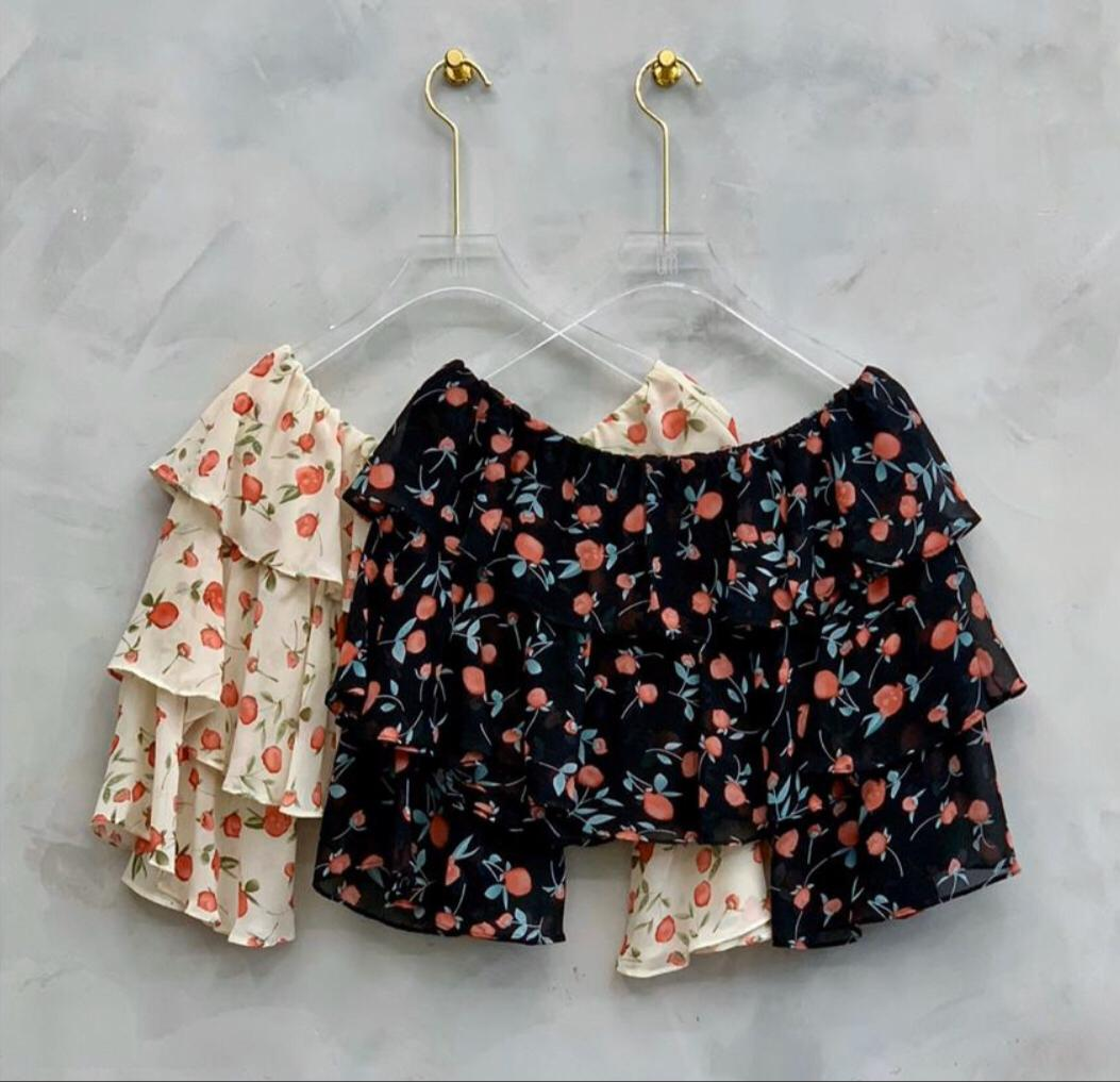 Blusa Marilia Cropped Crepe Floral  Ombro a Ombro
