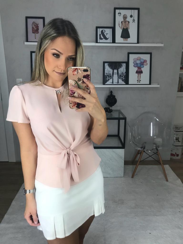 Blusa Melina Crepe Laço Perola Peplum Verde, Rose, Off e Preta