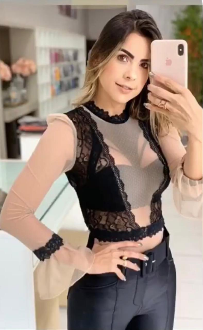Blusa Morina Tule Renda Contraste (não acompanha top)