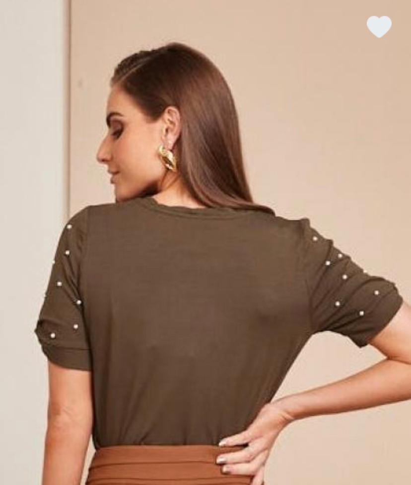 T-shirt Natalia Malha perolas MG