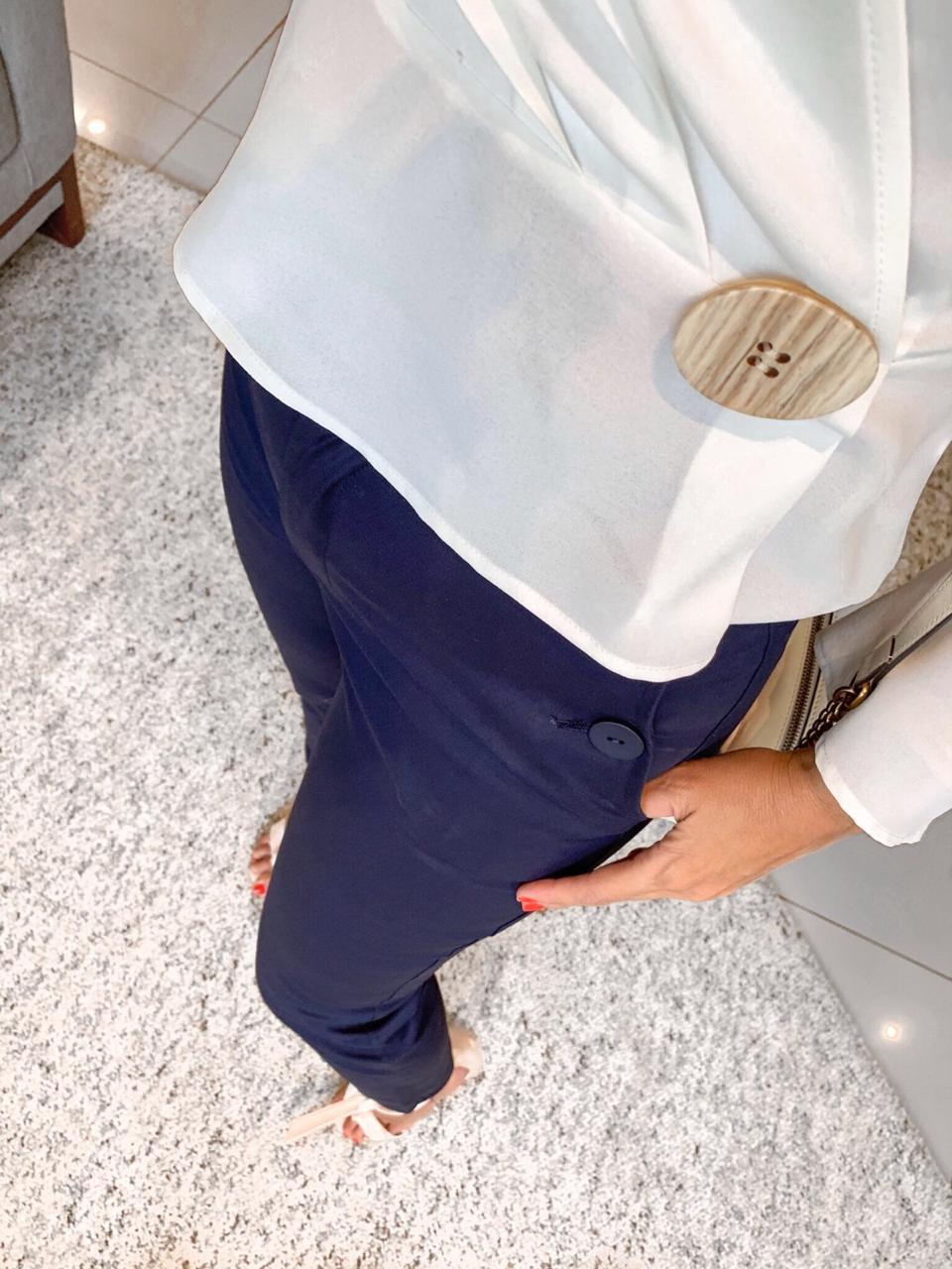 Blusa Pitanga Crepe Transpasse Botões Cores off e Mostarda