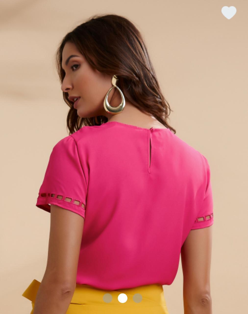 Blusa Raquel Crepe Bordado Vazado Cores Verde e Pink