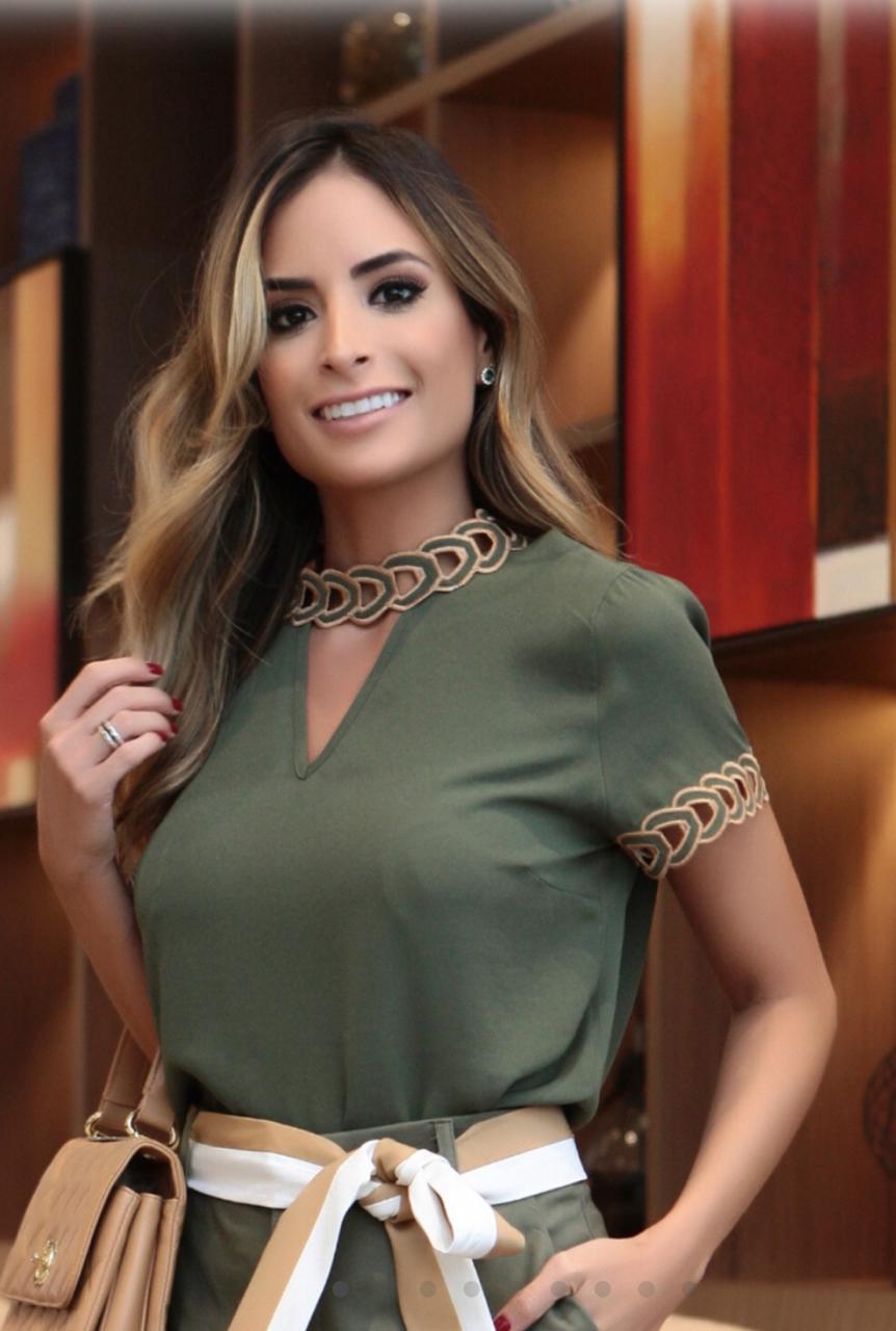 Blusa Rebeca Bordada Correntes