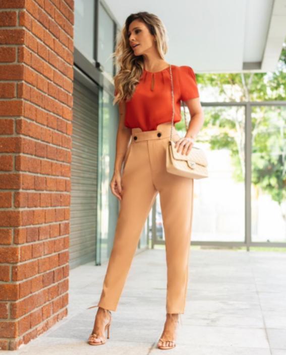 Blusa Renata Crepe Detalhe Gota  Pregas