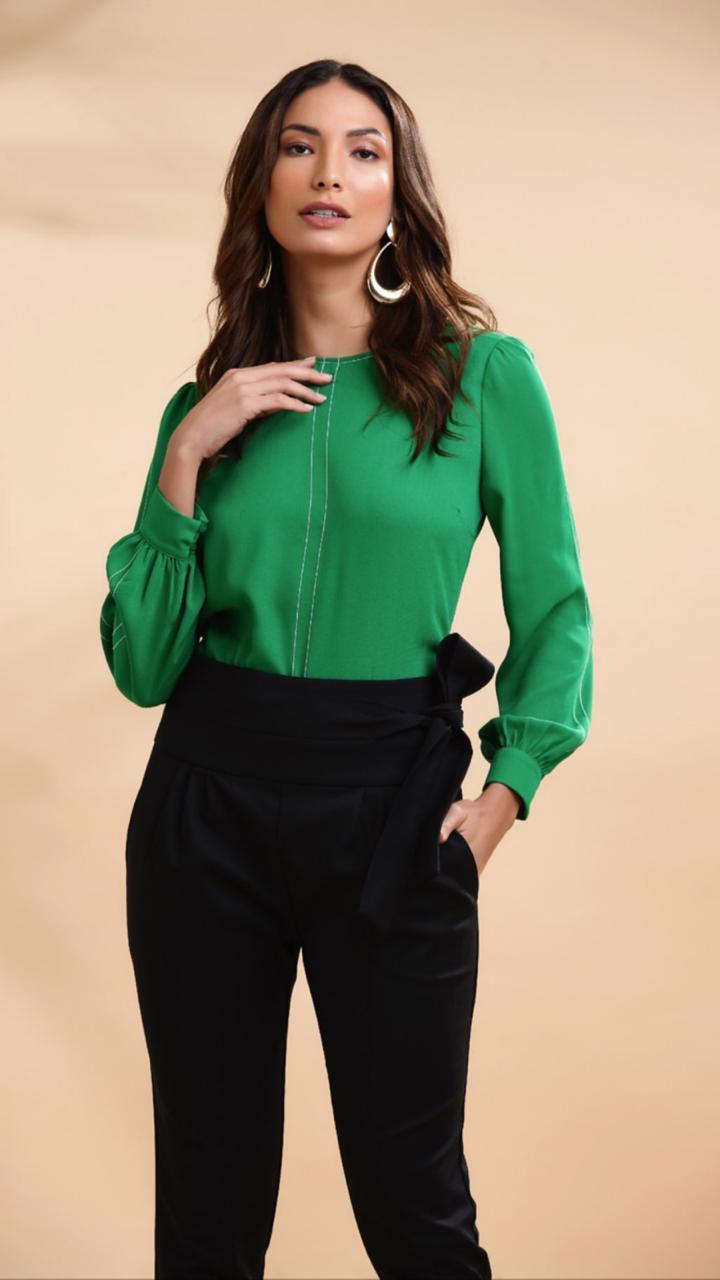 Blusa Renata Crepe Detalhe Pesponto Cores Verde e Pink