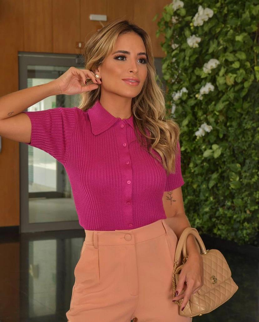 Blusa Samara Tricot Detalhe Golinha Botões
