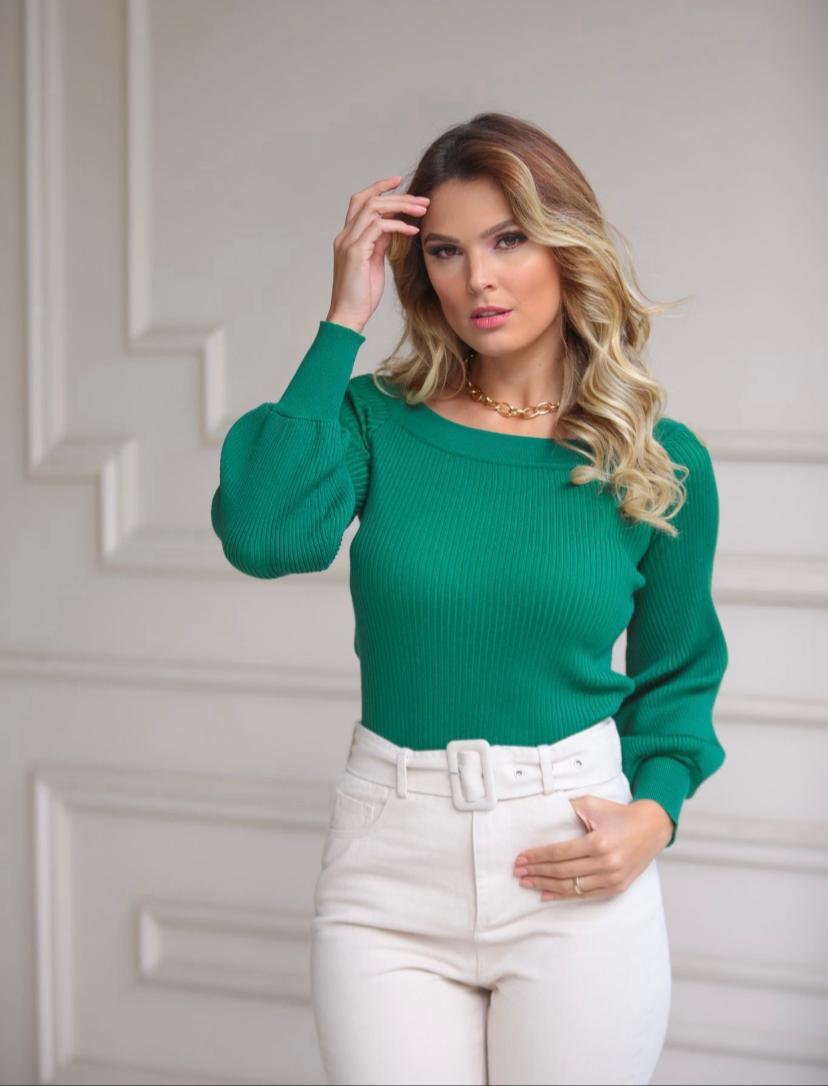 Blusa Silvia Tricot Canelado Gola Canoa Verde