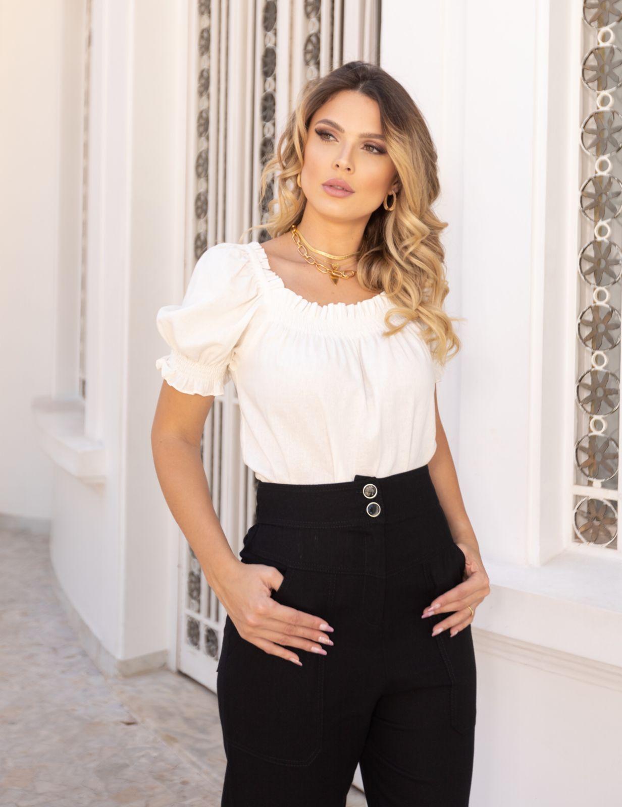 Blusa Simone Viscolinho Detalhe Lastex