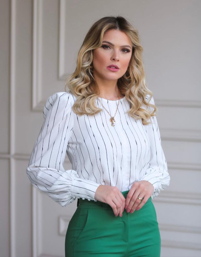 Blusa Sofia Crepe Listras com Mascara