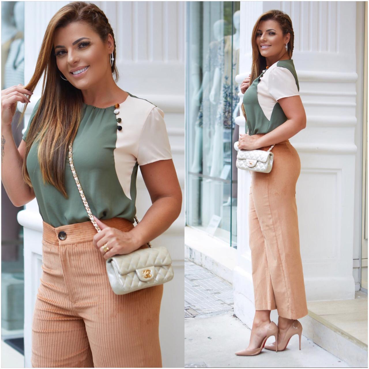 Blusa Soraia Crepe Botões Veludo Cores  Verde e Off