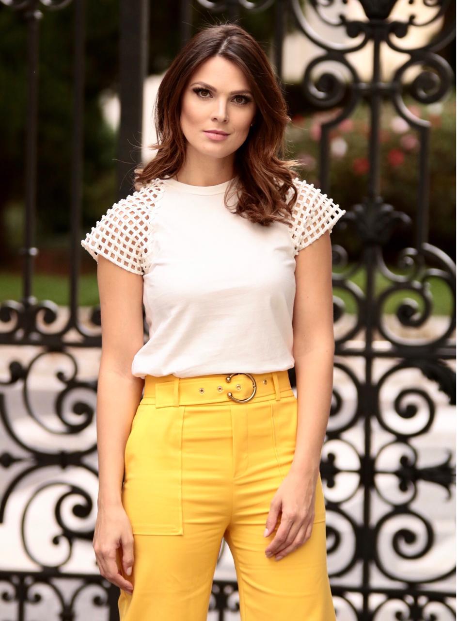 Blusa T-shirt Paola Manga Perolas