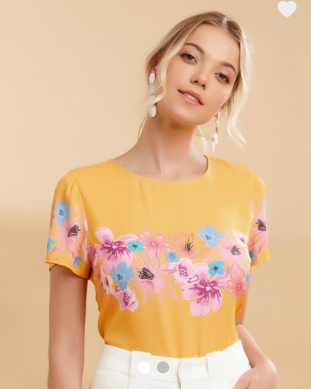 Blusa Tamiris Crepe Detalhe Floral