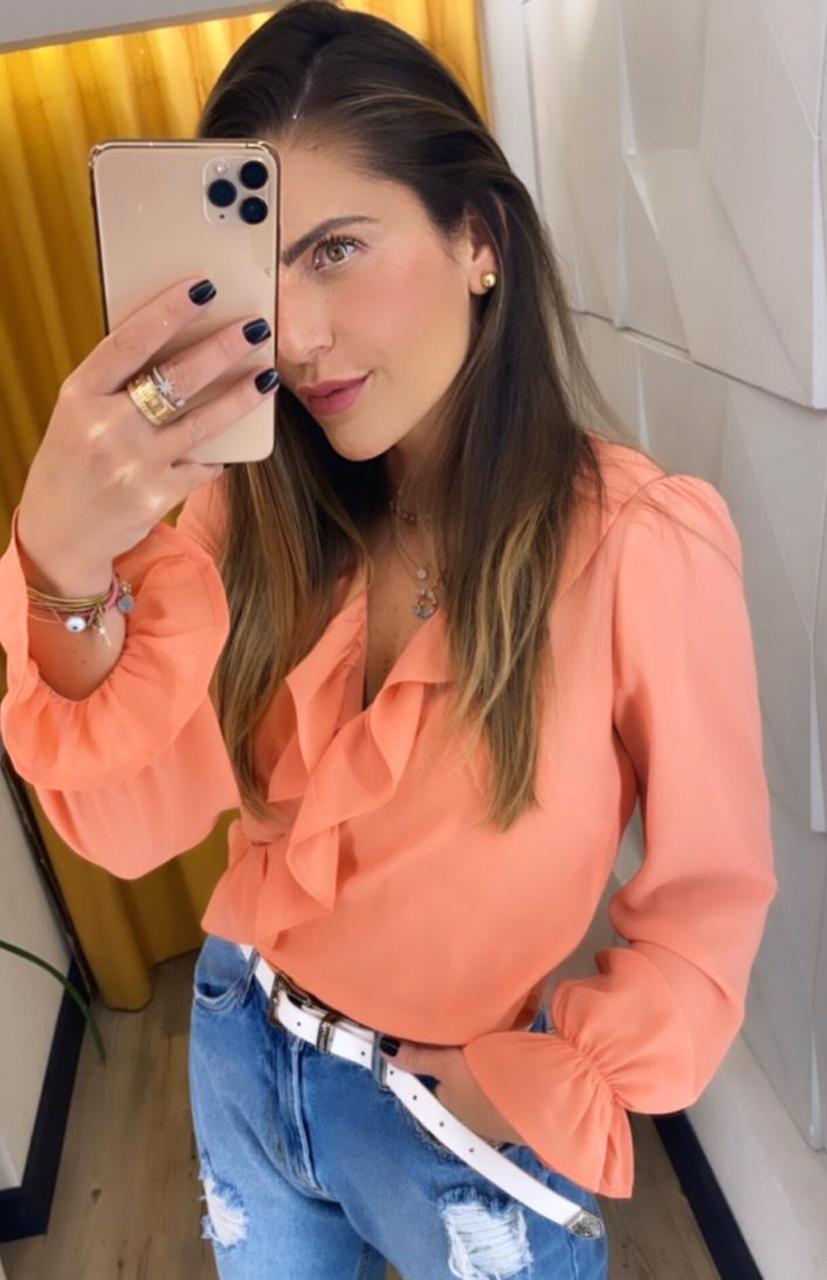 Blusa Tatiane Crepe com forro
