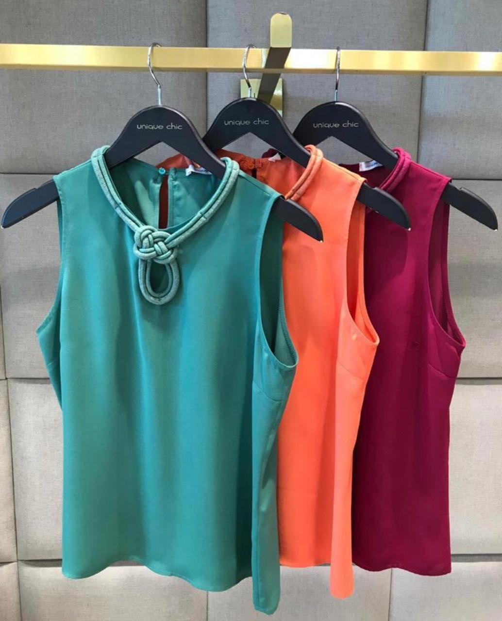 Blusa Thais Crepe Detalhe Corda Cores Verde e Purpura