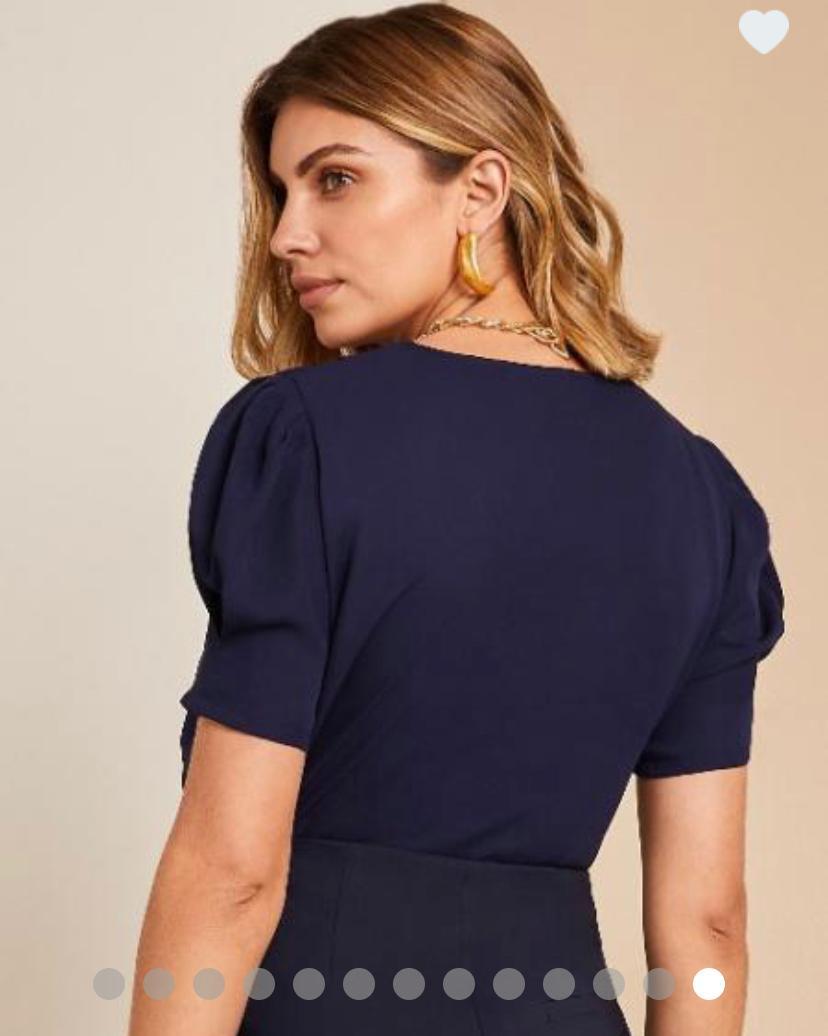 Blusa Veronica Crepe Renda Decote