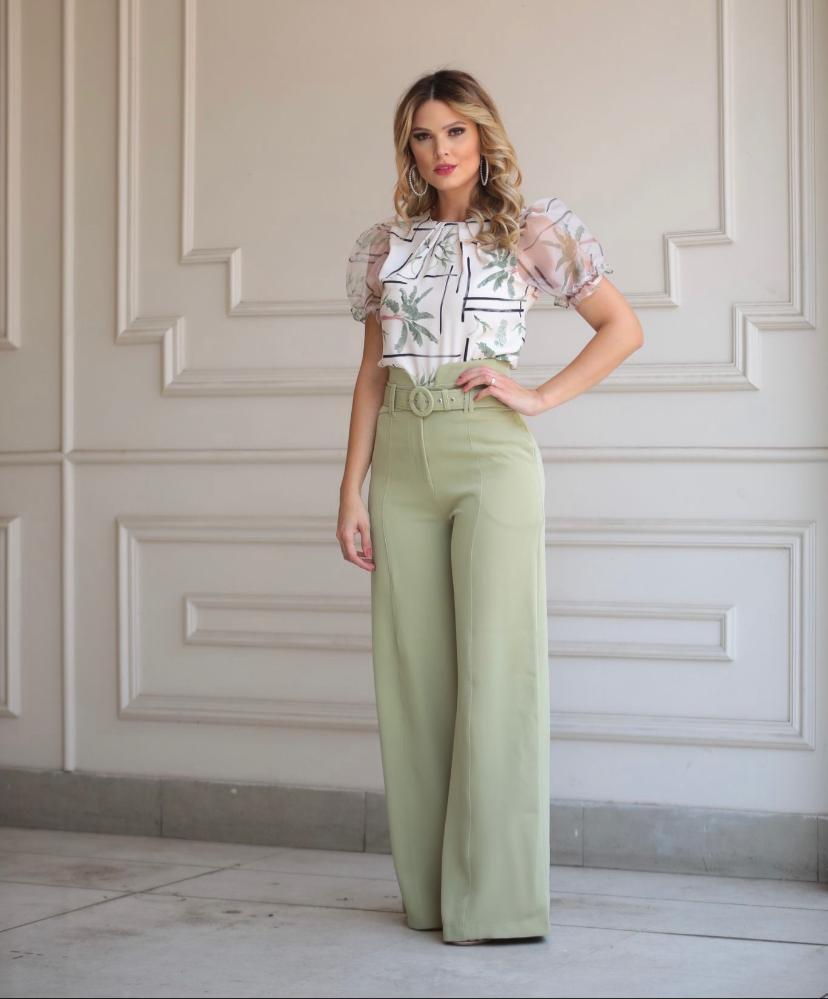 Calça Karmani Pantalona Alfaiataria Com Cinto Forrado