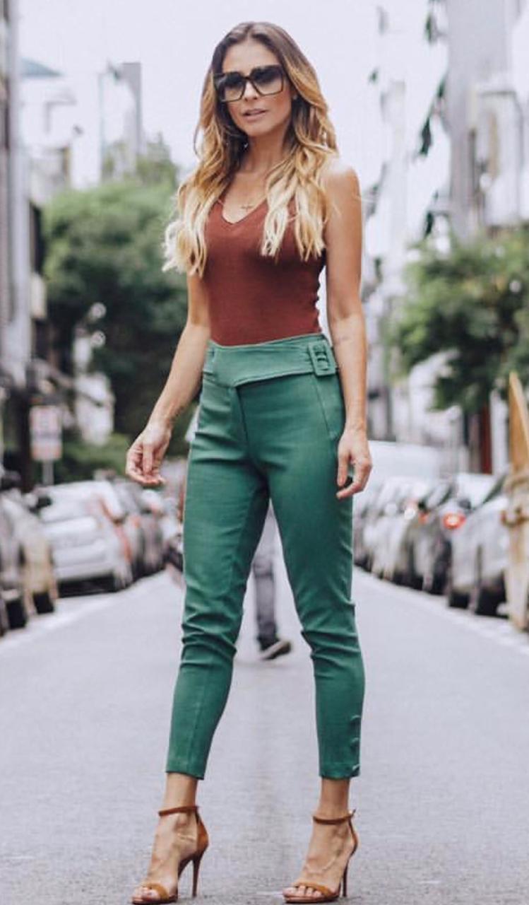 Calça La Chocole Skinny (99% algodão e 01% elastano) Cores Camel e Verde